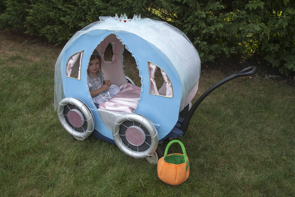 DIY Wagon Princess Carriage