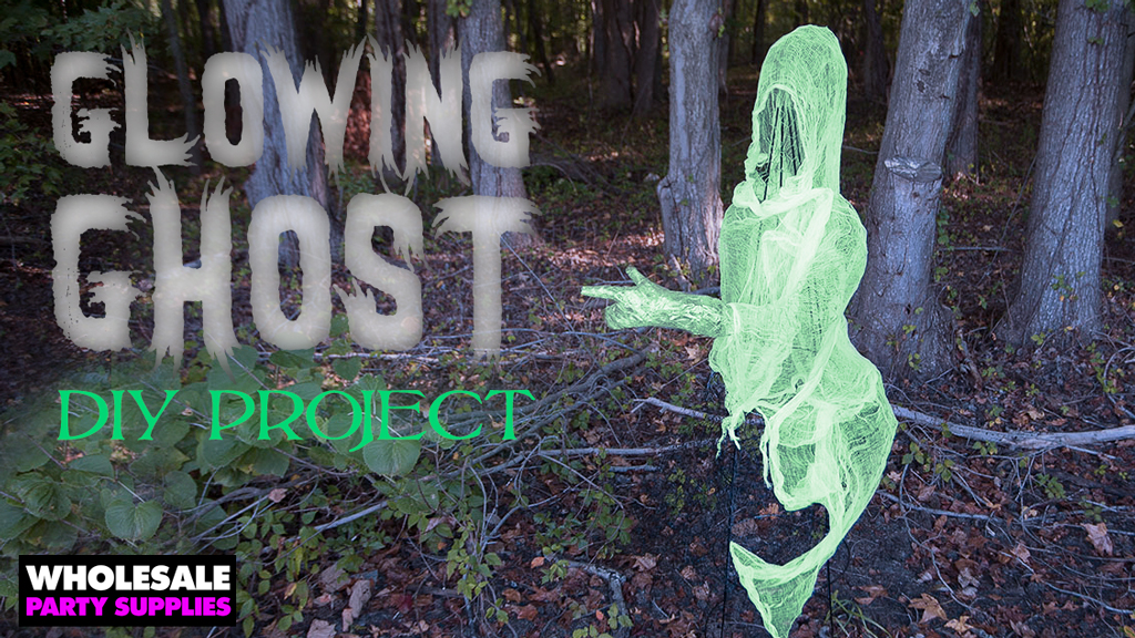 DIY Chicken Wire Ghost